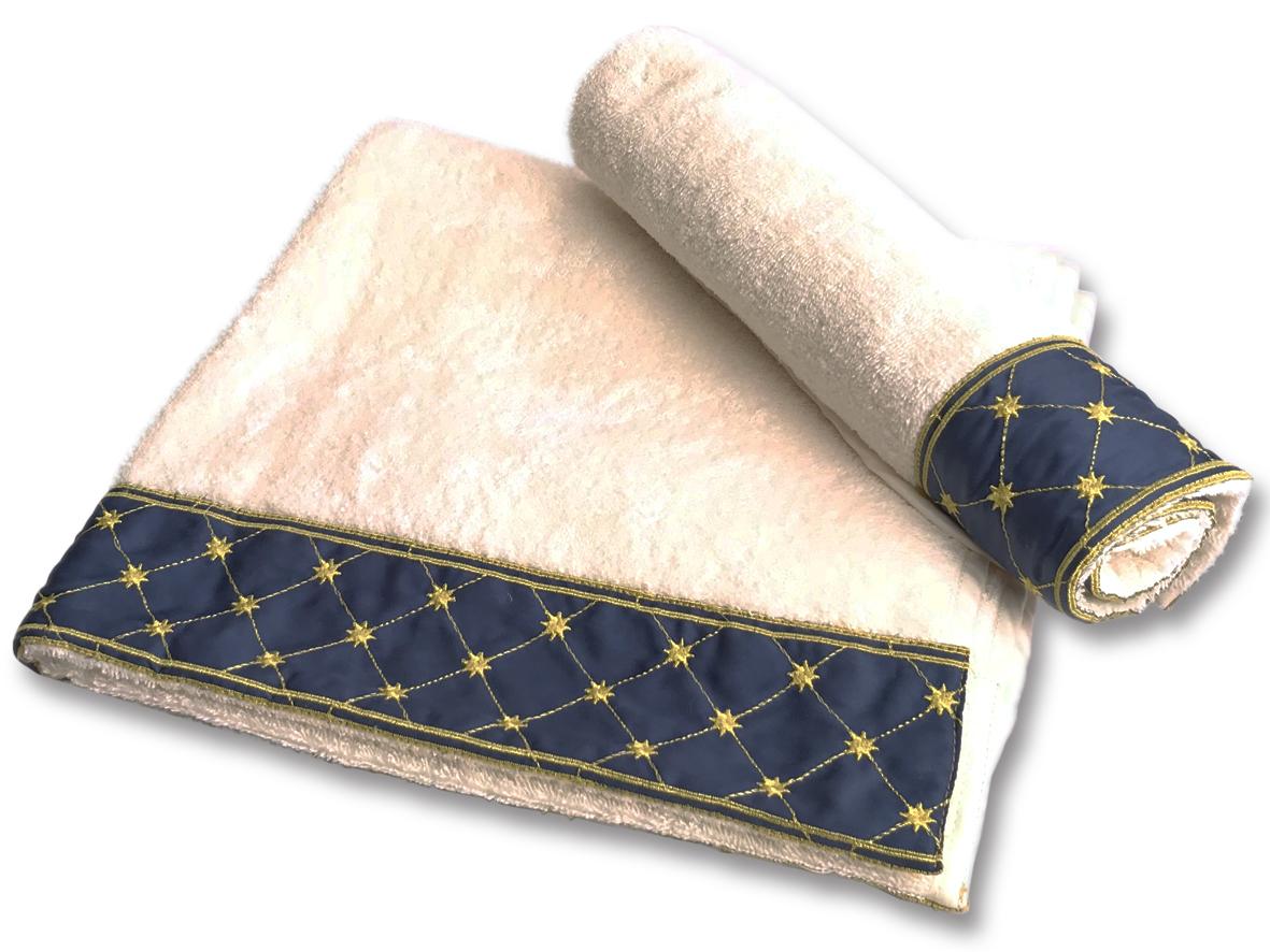 Set di asciugamani con bordo blu